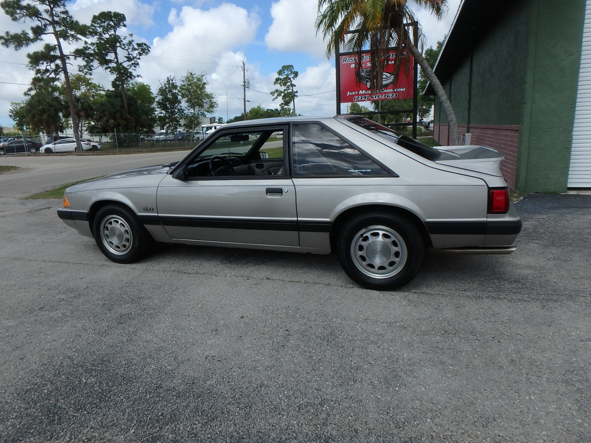Used 1990 Ford Mustang LX 50